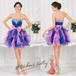 Fialovo modré koktejlové šaty s řasenou sukní