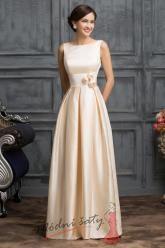 Meruňkové šaty pro družičky s růžičkami