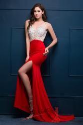 Sexy plesové šaty s vysokým rozparkem červené