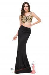 Romantické černé šaty odhalující bříško se zlatou krajko