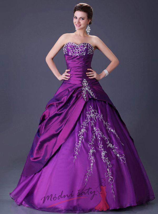 5fcb0b415 Tmavě fialové plesové šaty