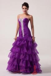 Fialové plesové šaty s kankánovou sukní