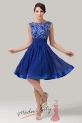 Tmavě modré koktejlové šaty s kvítky
