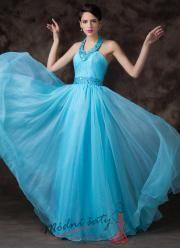 Nebesky modré plesové šaty s bohatou sukní