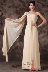 Krémové šaty se závojem přes rameno