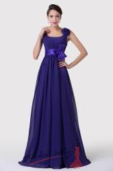 Tmavě modré plesové šaty s mašlí a květinou