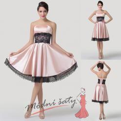 Růžové saténové šaty s černou krajkou
