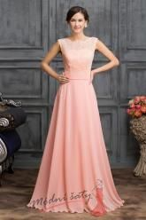 Šaty pro družičky v růžové s hlubokým výstřihem na zádech