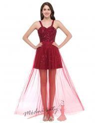 Červené koktejlky s průhlednou sukní