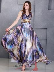 Modrofialové společenské šaty na širokých ramínkách