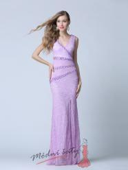 Fialkové krajkové plesové šaty