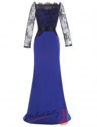 Modré večerní šaty zdobené krajkou