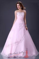 Světle růžové plesové šaty