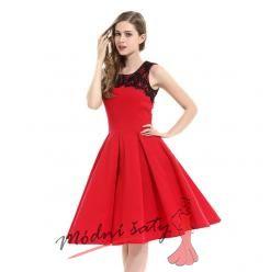 Červené šatičky se sukní do A