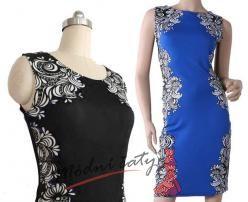 Černé nebo modré pouzdrové šaty s potiskem