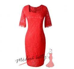 Červené krajkové šaty s delším rukávem
